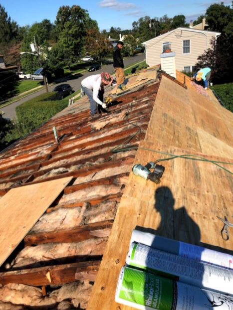 roof inspection service in Hartford